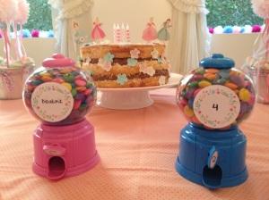 bolo e baleiros
