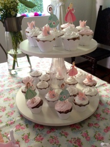 stand cupcake 1